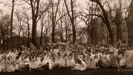 1916 - Students sang and danced in a performance that was part of the May Pageant, which celebrated spring.