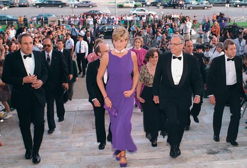 princess diana young pictures. Princess Diana Dresses Exhibit