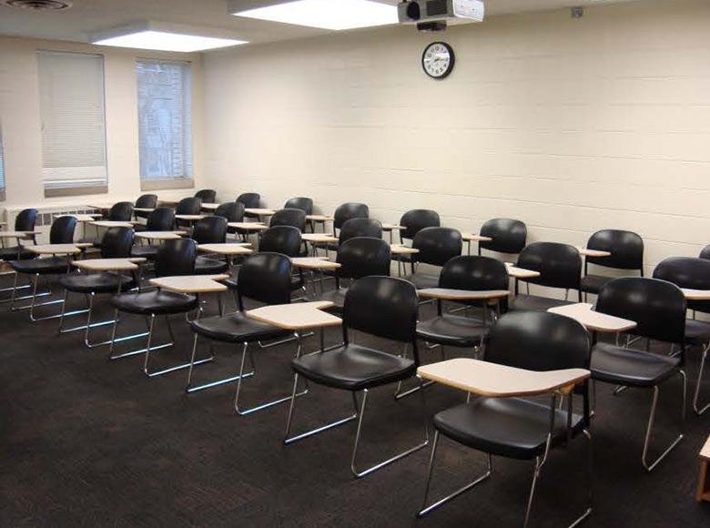 Classroom PKS 215